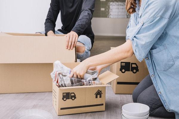 Bien emballer les objets fragiles pour se préparer à un déménagement