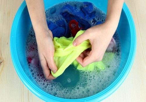 Vous devez laver vos vêtements à l'eau froide