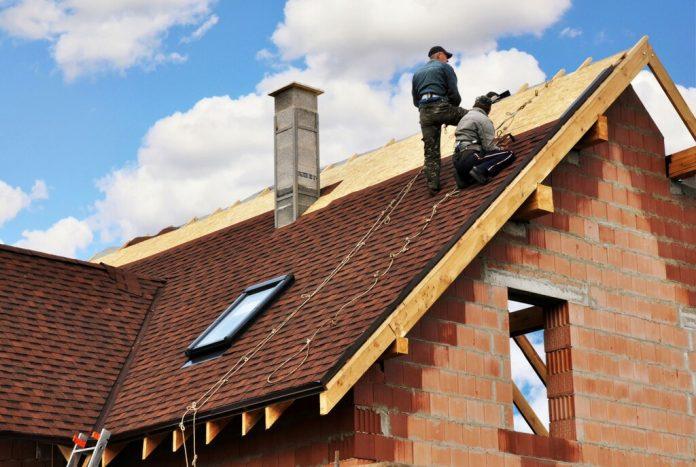 4 Types de dommages qui vous obligez à remplacer votre toiture