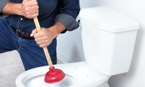 6 problèmes courants de toilettes et comment les résoudre